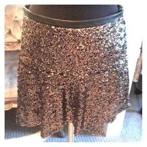 Express size 8 gold metallic flirty sequin skirt